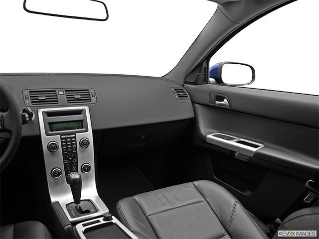 2011 Volvo V50