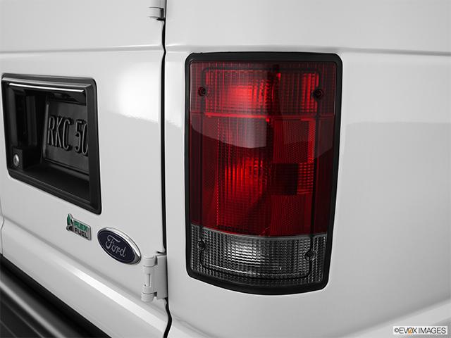 2012 Ford Econoline Wagon