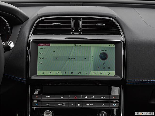 2019 Jaguar XE SV