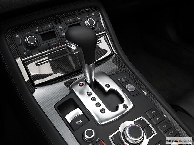 2009 Audi S8