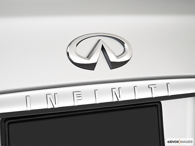 2010 INFINITI M45