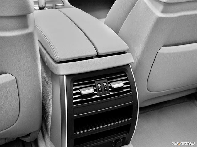 2012 BMW 5 Series Gran Turismo
