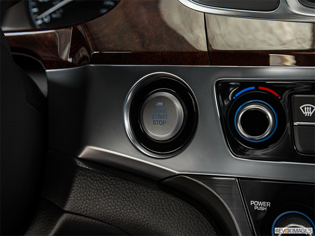 2015 Hyundai Equus