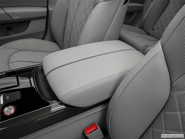 2016 Audi S8