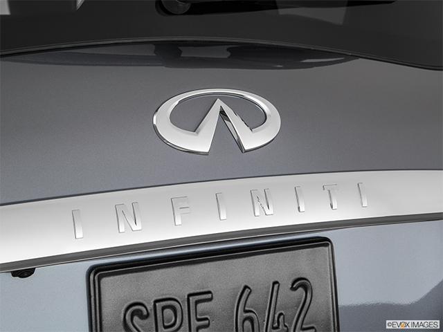2017 INFINITI QX80