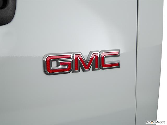 2019 GMC Savana Passenger